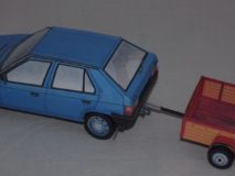 auto s vlekem